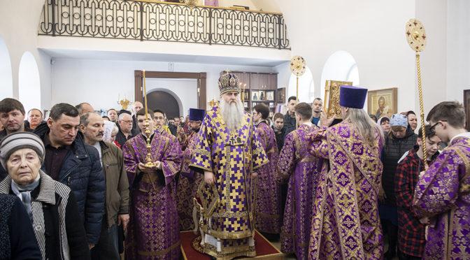 Божественная литургия в храме во имя Сорока Севастийских мучеников г. Саратова